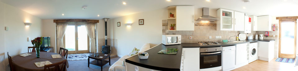 Little Owlself catering holiday cottage Newquay Cornwall